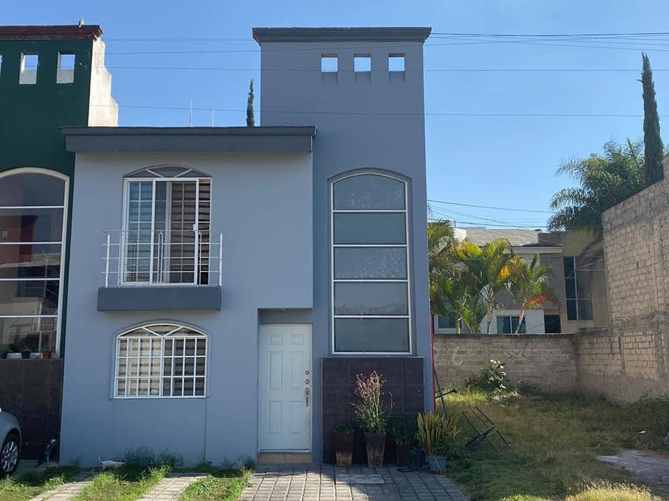 Casa en venta Lomas del paraíso.