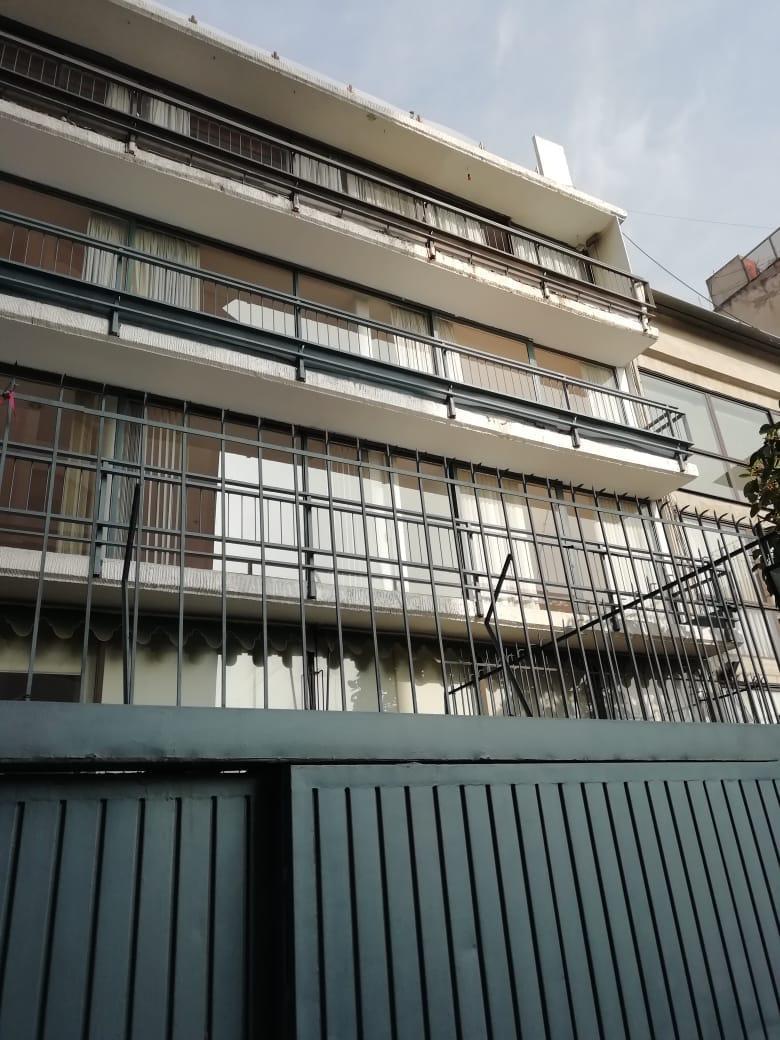 Se Renta Departamento amplio en lomas de Chapultepec.